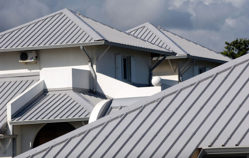 Metal Roofs & Sun Coast Roofing - Commercial u0026 Residential Roofing Services in ... memphite.com